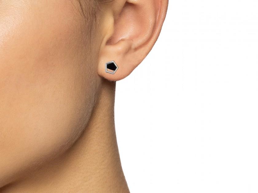 Silvery Pentagon-shaped Earrings set with Black Onyx
