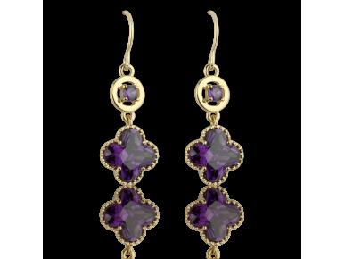 Pendientes dorados con forma de cuadrilóbulo engastados con cristales púrpura