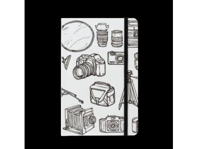 cuaderno de pie con una tapa ilustrada con varias cámaras