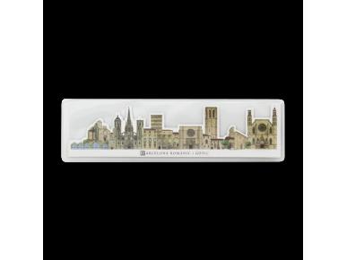 Marcapáginas troquelado que representa los monumentos románicos y góticos de Barcelona en su estuche de plástico