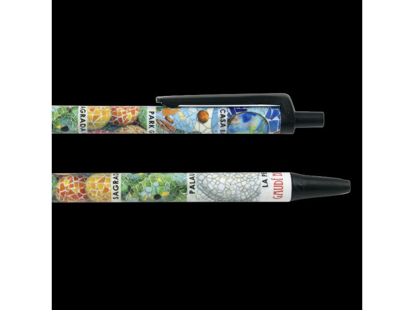 Dos bolígrafos ilustrados con mosaicos de monumentos de Gaudí