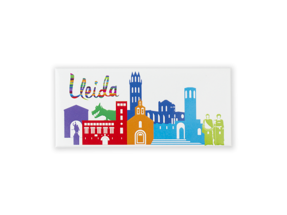 imán rectangular que muestra un horizonte de monumentos de Lleida en color
