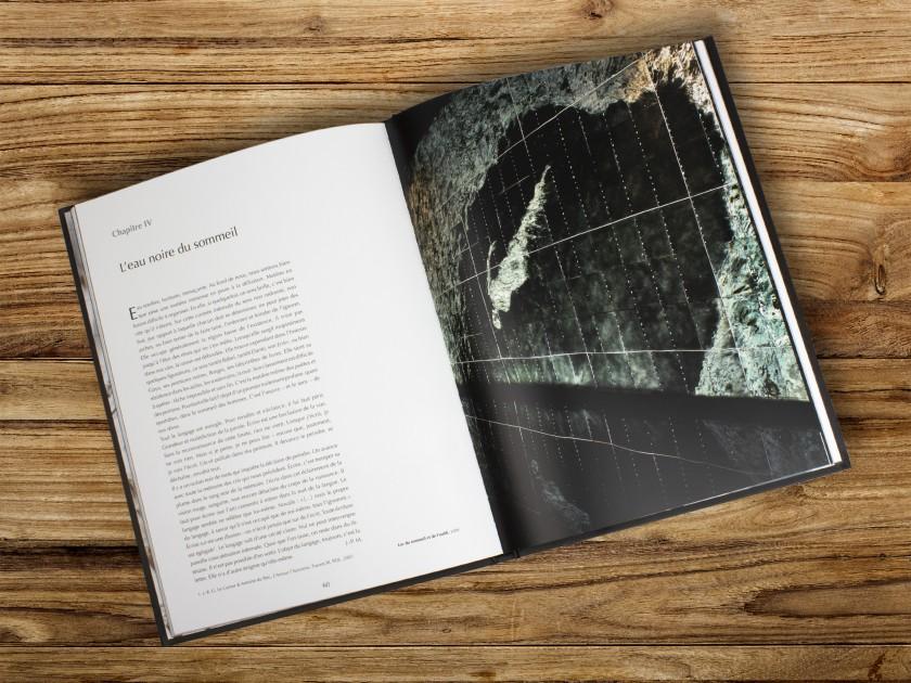 "cover of the exhibition catalogue ""L'alphabet des astres"""