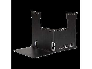 Sujetalibros de metal negro con el nombre del Castelet recortado en el lateral