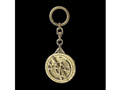 clauer de metall daurat que representa un mini astrolabi