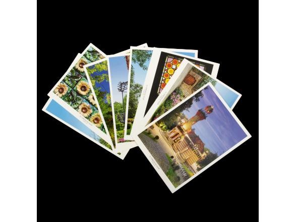 Set of 8 Polaroid Postcards - El Capricho de Gaudí
