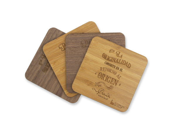 Set of 4 Wooden Coasters - Quotes by Gaudí