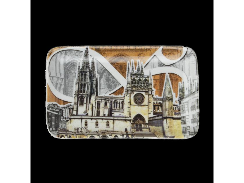 bandeja decorada con una ilustración de la Catedral de Burgos