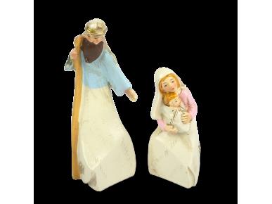 santons représentant les personnages de Joseph et Marie