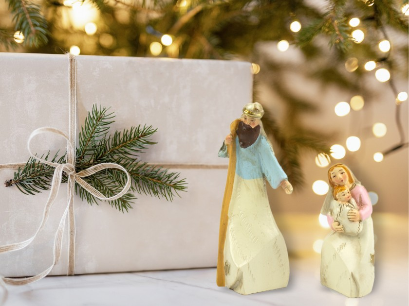figuritas del belén que representan los personajes de José y María