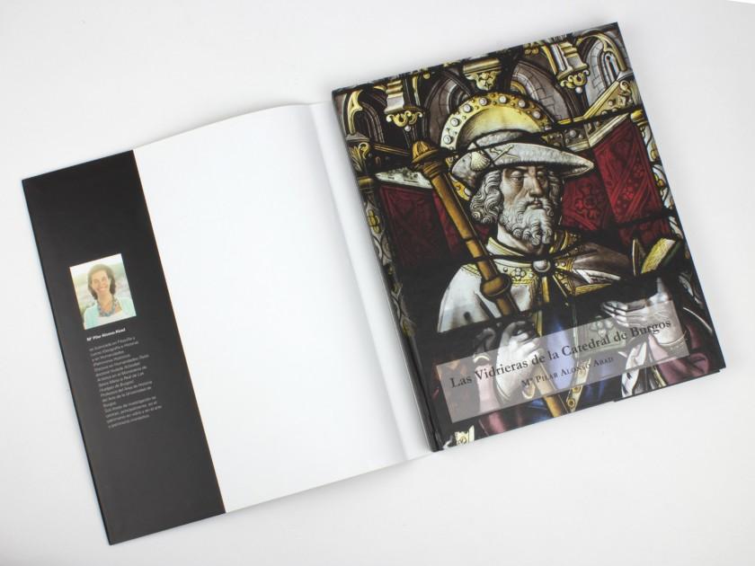 """tapa del libro """"las vidrieras de la catedral de burgos"""""""