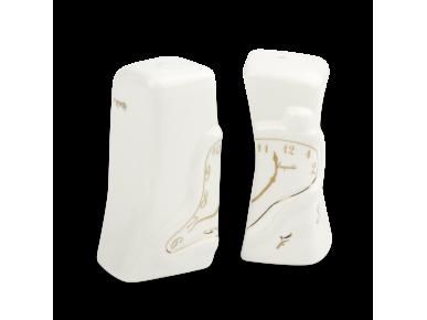 un salero y pimentero de cerámica esmaltado en blanco y dorado